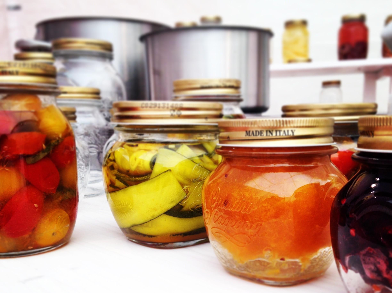 Cosa non deve mai mancare in dispensa blog di cucina di enrica della martira - Cosa non deve mancare in casa ...